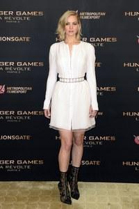 Jennifer Lawrence à l'avant-première de Hunger Games à Paris