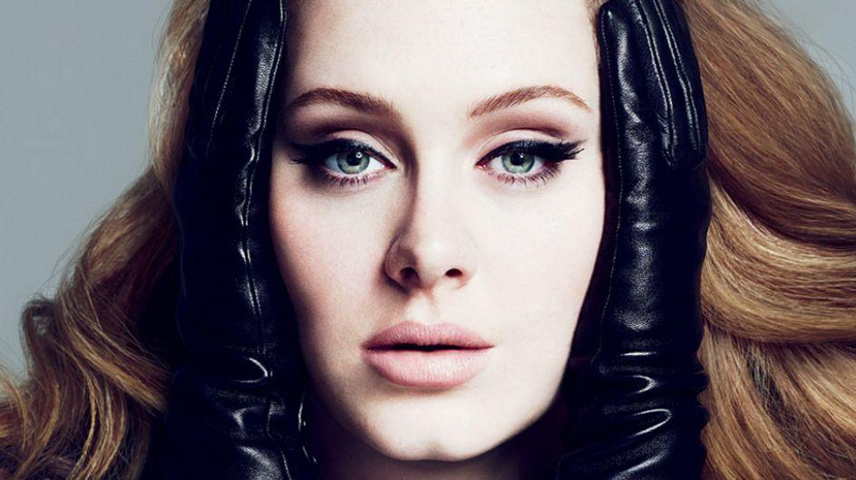 Não é só você que chora com as músicas da Adele (ela mesma também se emociona)