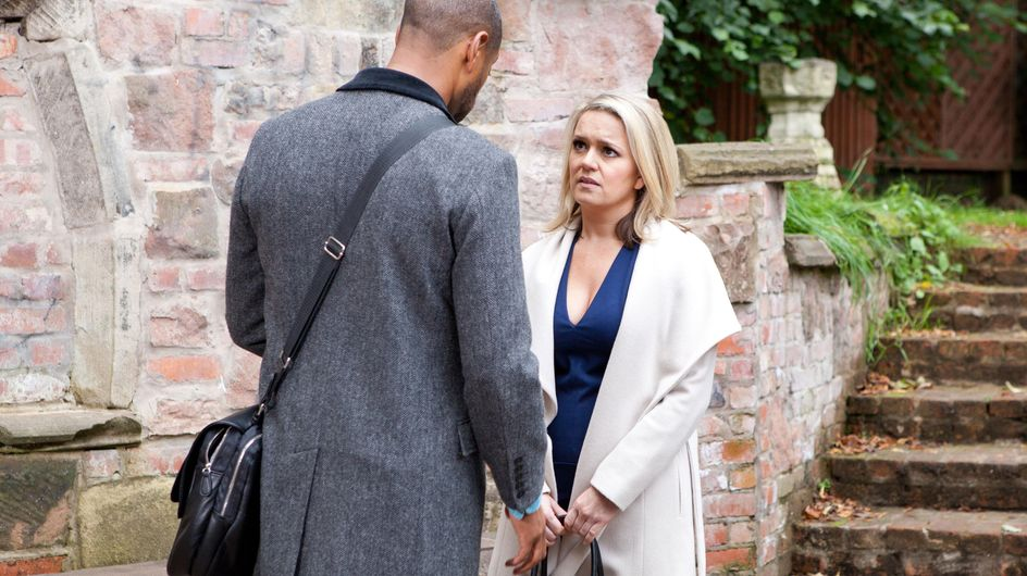 Hollyoaks 27/11 - Joanne turns up at Louis' door