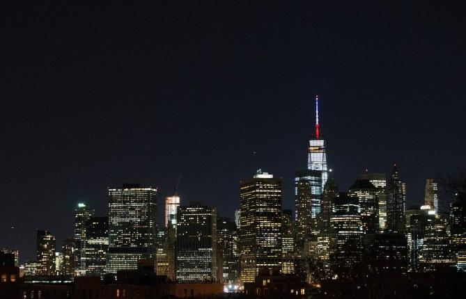 Le One World Trade Center aux couleurs de la France