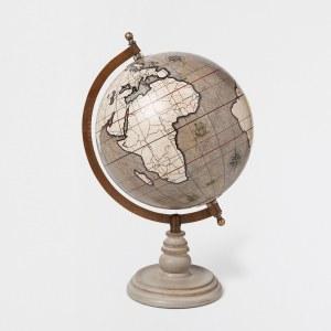 Bola del mundo en tonos grises