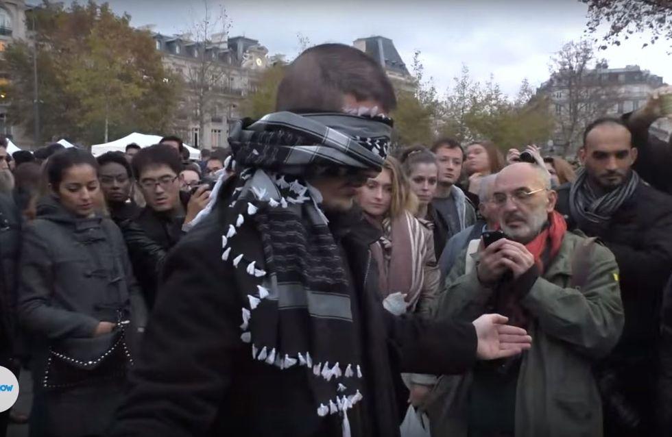 """""""Vertraut ihr mir?"""" - Mit dieser Frage fordert er die Menschen in Paris heraus"""