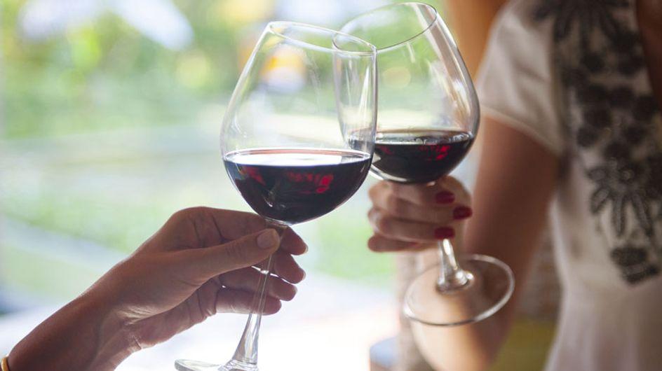 Alkohol in der Schwangerschaft: Diese Auswirkungen sollte JEDE Frau kennen