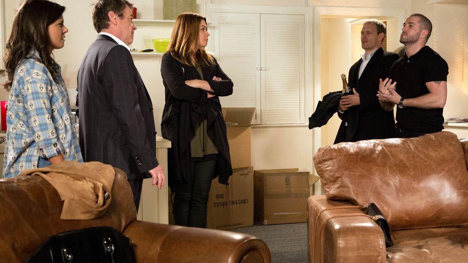Coronation Street 30/11 - Sarah returns to Weatherfield with a bang