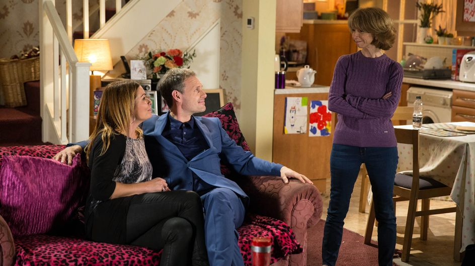 Coronation Street 4/12 - Kylie assumes the worst of David