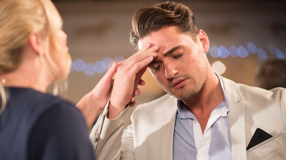Hollyoaks 30/11 - Louis is stressed about Joanne