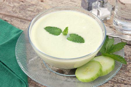 Velouté de concombre à base ed thé vert à la menthe