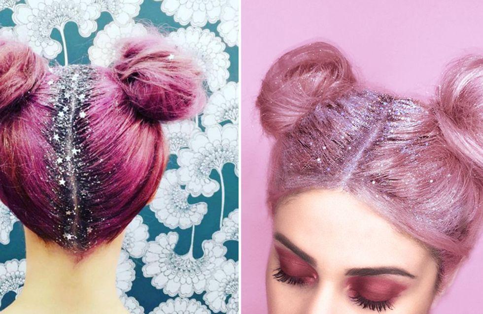 Glitter e stelline al posto della ricrescita: il nuovo trend capelli dall'effetto shining!