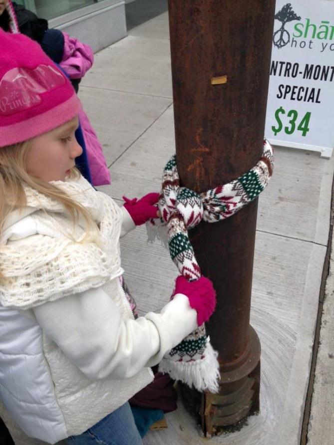 Des enfants canadiens aident les sans-abris