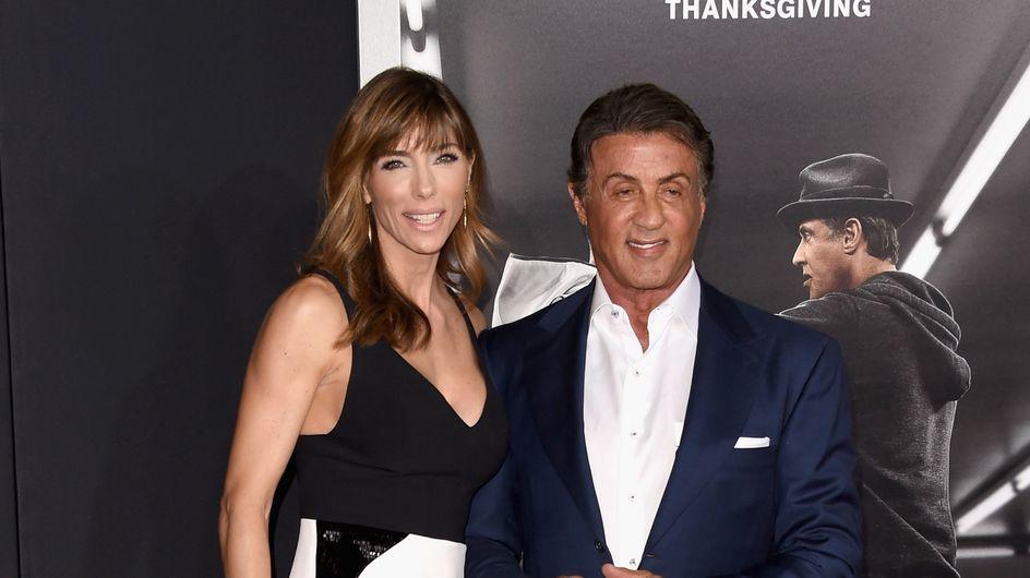 Sylvester Stallone fait sensation avec ses trois filles sur le tapis rouge (Photos)