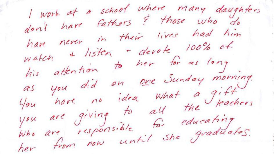 Un papa en balade avec sa fille reçoit un message touchant de la part d'une inconnue