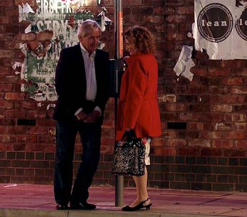 Coronation Street 7/12 - Rob's return spells troubles for Tracy