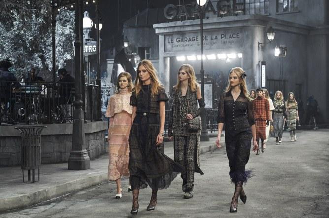Le défilé Paris à Rome 2015/2016 Chanel