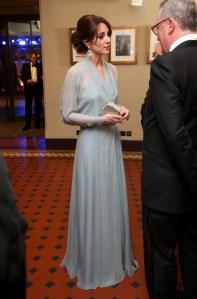 Kate Middleton en Jenny Packham pour la première de Spectre