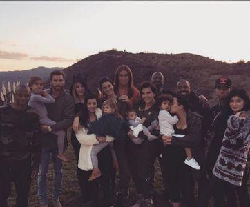 Scott Disick et le clan Kardashian réuni pour Thanksgiving