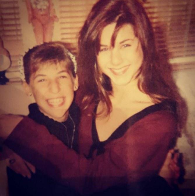Mayim Bialik et Jennifer Aniston