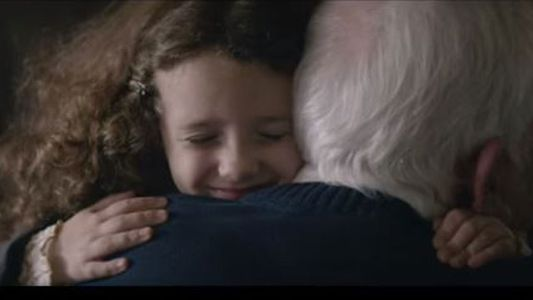 Cette vidéo nous rappelle de ne pas laisser les personnes âgées seules pour Noël