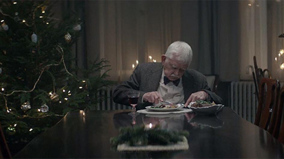 Cette vidéo émouvante nous rappelle de ne pas laisser les personnes âgées seules pour Noël
