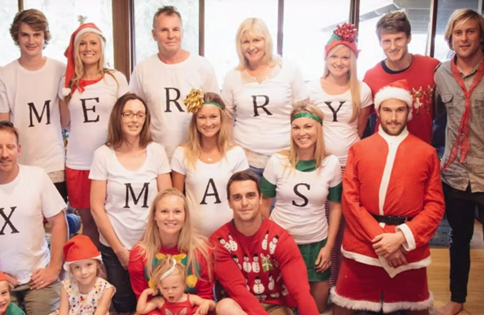 Bei diesem Weihnachtsfoto gibt es eine versteckte Nachricht. Könnt ihr sie erkennen?