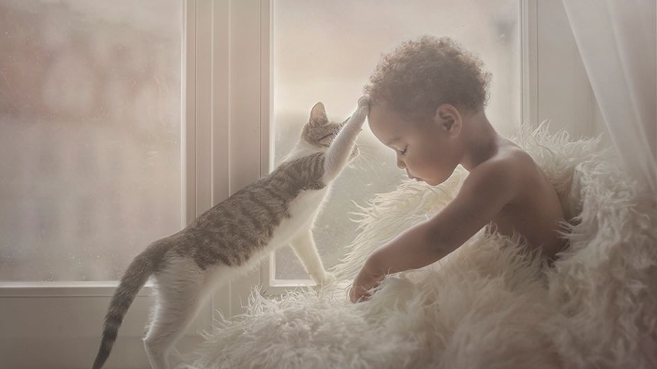Les plus belles photos d'enfants avec des animaux