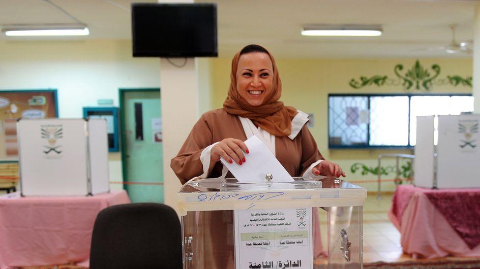 Les femmes saoudiennes votent pour la première fois
