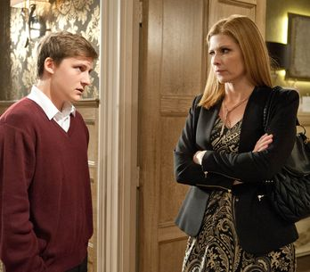 Emmerdale 23/12 - Aaron's turmoil at Gordon's return