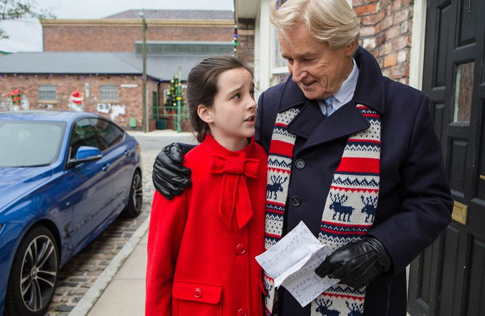 Coronation Street 21/12 - Rob makes Tracy an offer she can't refuse