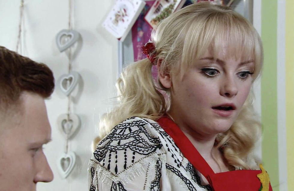 Coronation Street 25/12 - Robert gives Tracy a Christmas to remember