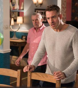 Hollyoaks 31/12 - Kim has confiscated Lindsey's kill kit