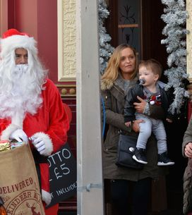 Eastenders 22/12 - Tensions remain high in Albert Square