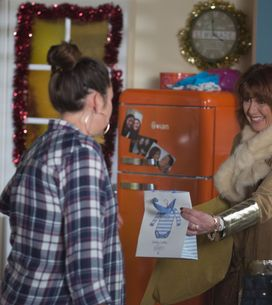 Eastenders 24/12 - Stacey prepares for Lily's role in the Nativity Play
