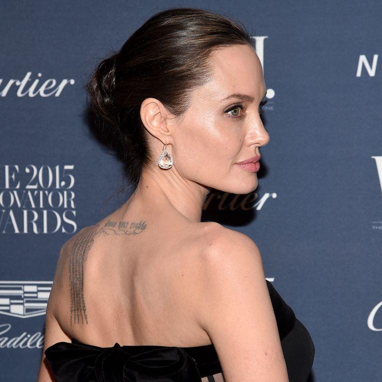 Angelina Tatouage Dévoile Un Nouveau Jolie CrtshxQd
