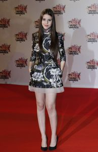 Marina Kaye aux NRJ Music Awards 2015
