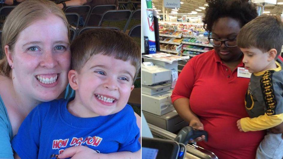 Diese Kassiererin riskiert ihren Job, um einem kleinen Jungen eine riesen Freude zu machen