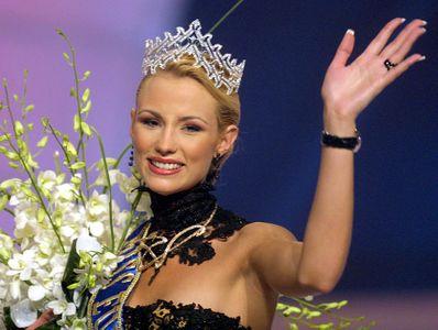 Elodie Gossuin Miss Europe