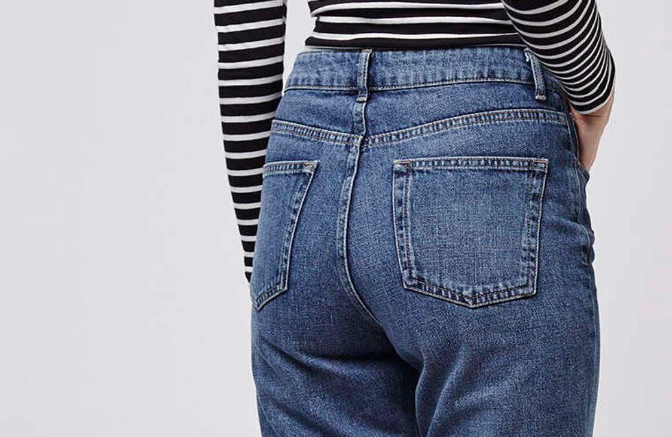 Le jean mom me fait des fesses molles : comment faire ?