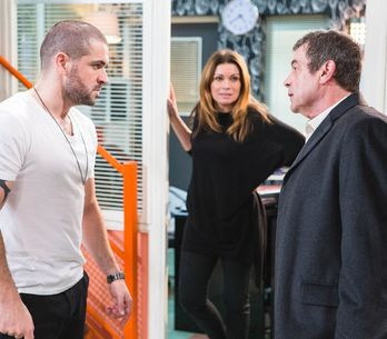 Coronation Street 6/1 - Johnny meets Aidan's fist of fury