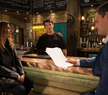 Coronation Street 8/1 - Roy resolves to fight for Cathy