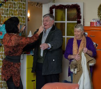 Eastenders 4/1 - Kat becomes suspicious of Stacey's behaviour