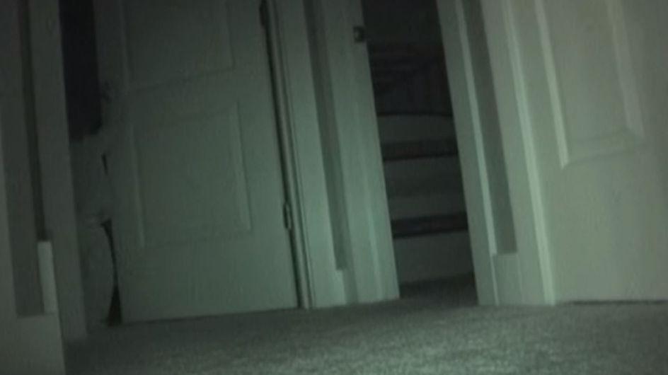 Sie stellt eine Überwachungskamera vor das Zimmer ihrer Tochter. Die Aufnahmen sind unfassbar!