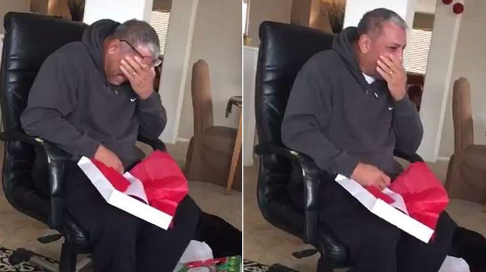 Seine Familie macht ihm diesem Vater das wohl schönste Weihnachtsgeschenk aller Zeiten