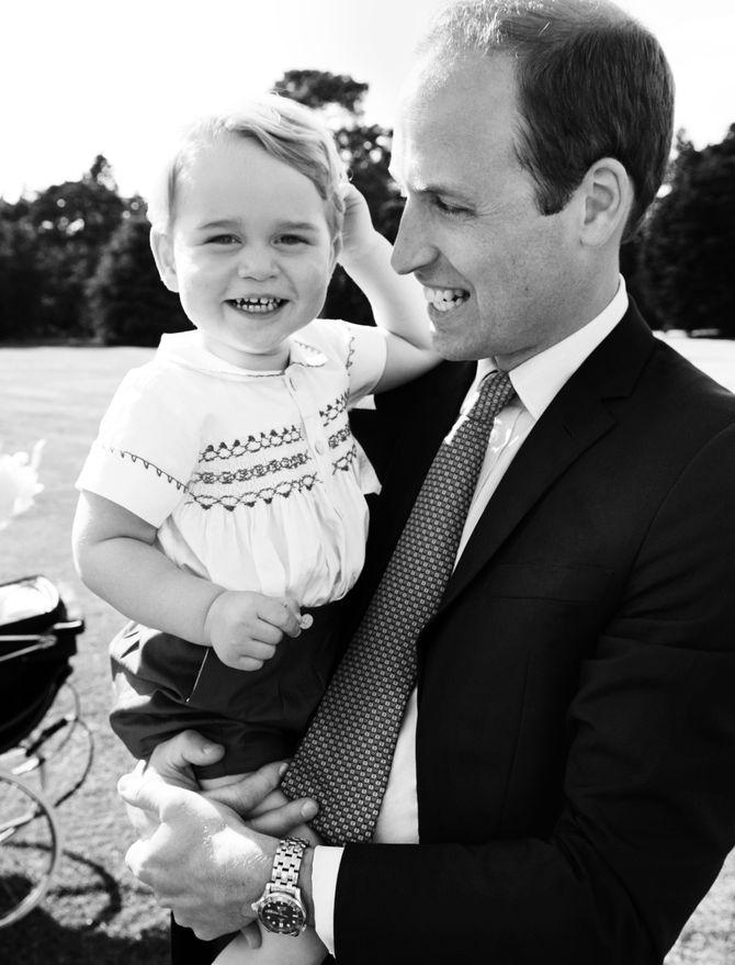 Le prince George et son père.