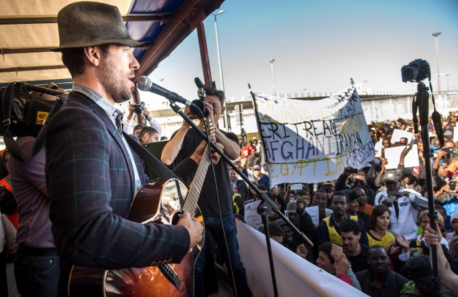 Charlie Winston in Calais
