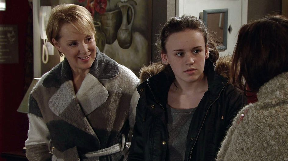 Coronation Street 15/1 - Robert prepares to give Nick some home truths