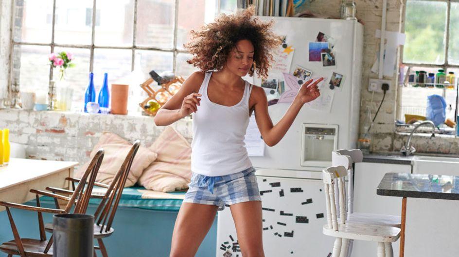 12 cosas que todas las mujeres hacemos cuando vivimos solas