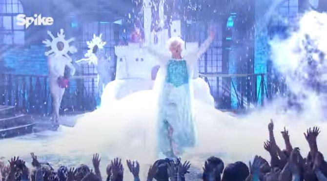 Channing Tatum en Reine des neiges pour Lip Sync Battle