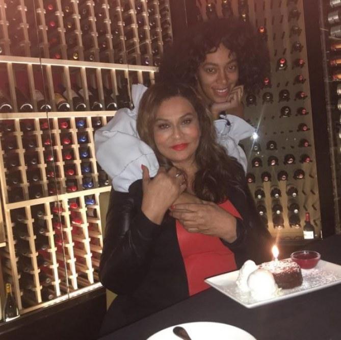 Tina et Solange Knowles