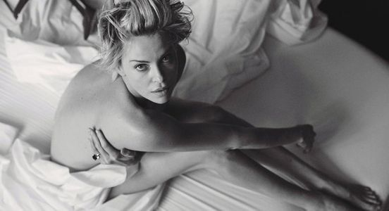 Charlize Theron pour W