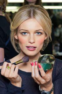 Come scegliere il blush in base al colore della pelle