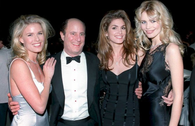 Cindy Crawford et Claudia Schiffer en 1994